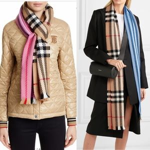 🎊Sold🎊Burberry Color Block Check  Wool Scarf